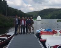 Entwicklung am Kronenburger See geht weiter: Durch LEADER geförderte neue Steganlage